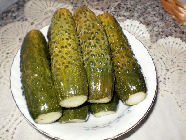 zasolka-ogurcov-s-gorchicej-recept-bez-uksusa
