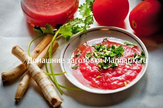 prostye-recepty-xrenoviny-iz-pomidor