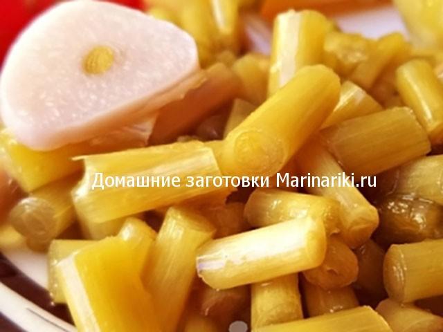 cheremsha-marinovannaya-s-chesnokom