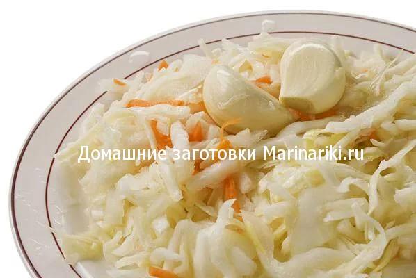 kapusta-bystrogo-posola-s-uksusom-i-chesnokom-sutochnaya-3
