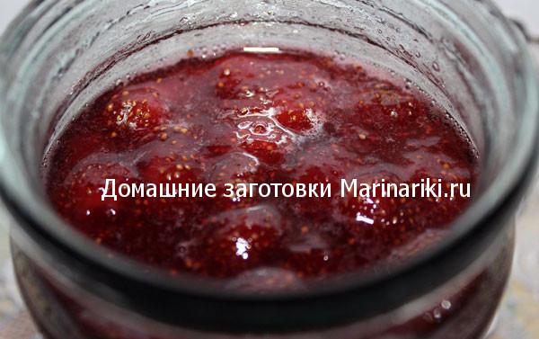 varene-iz-klubniki-v-skovorode-zharenoe-klubnichnoe-varene-2